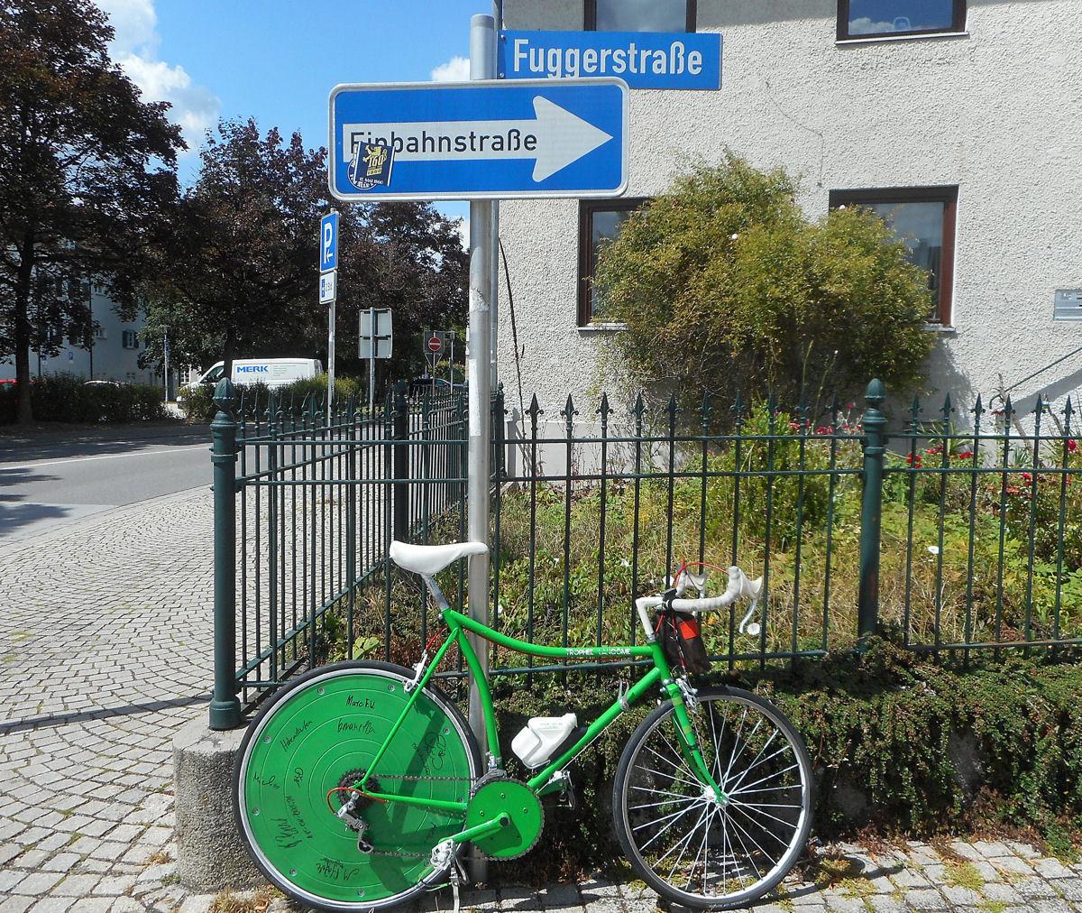 03_Fuggerstrasse_Rad.jpg