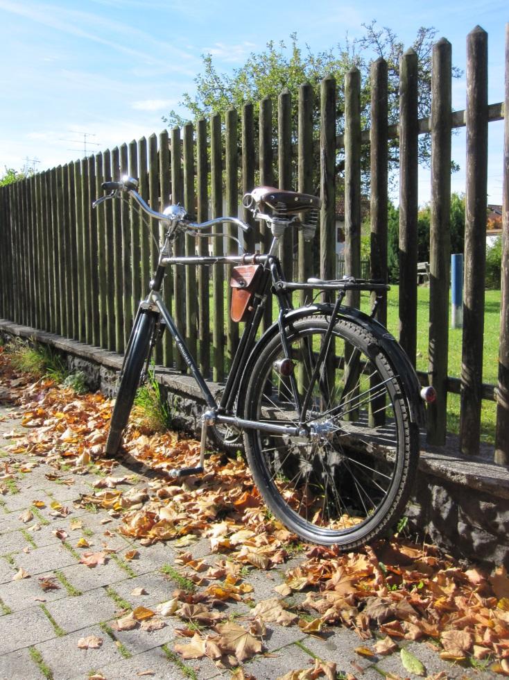 2013-10-19 22a Münchner Fahrradoldtimer-Ausfahrt.jpg