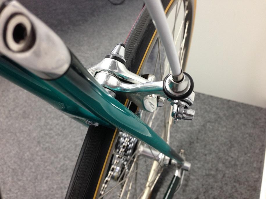 brake calliper_rear03.jpg