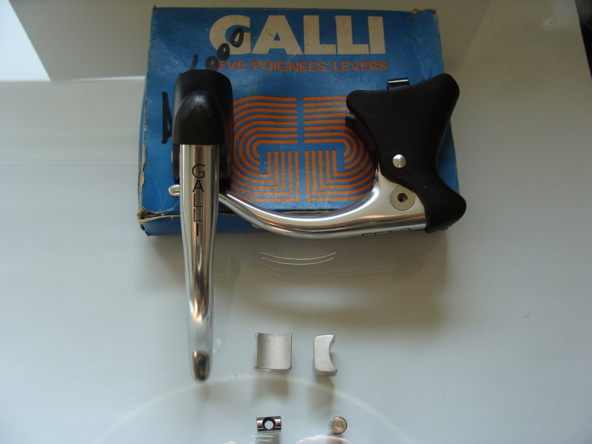 Galli Aerodinamica-Galli KL brakelever set NIP (11).JPG