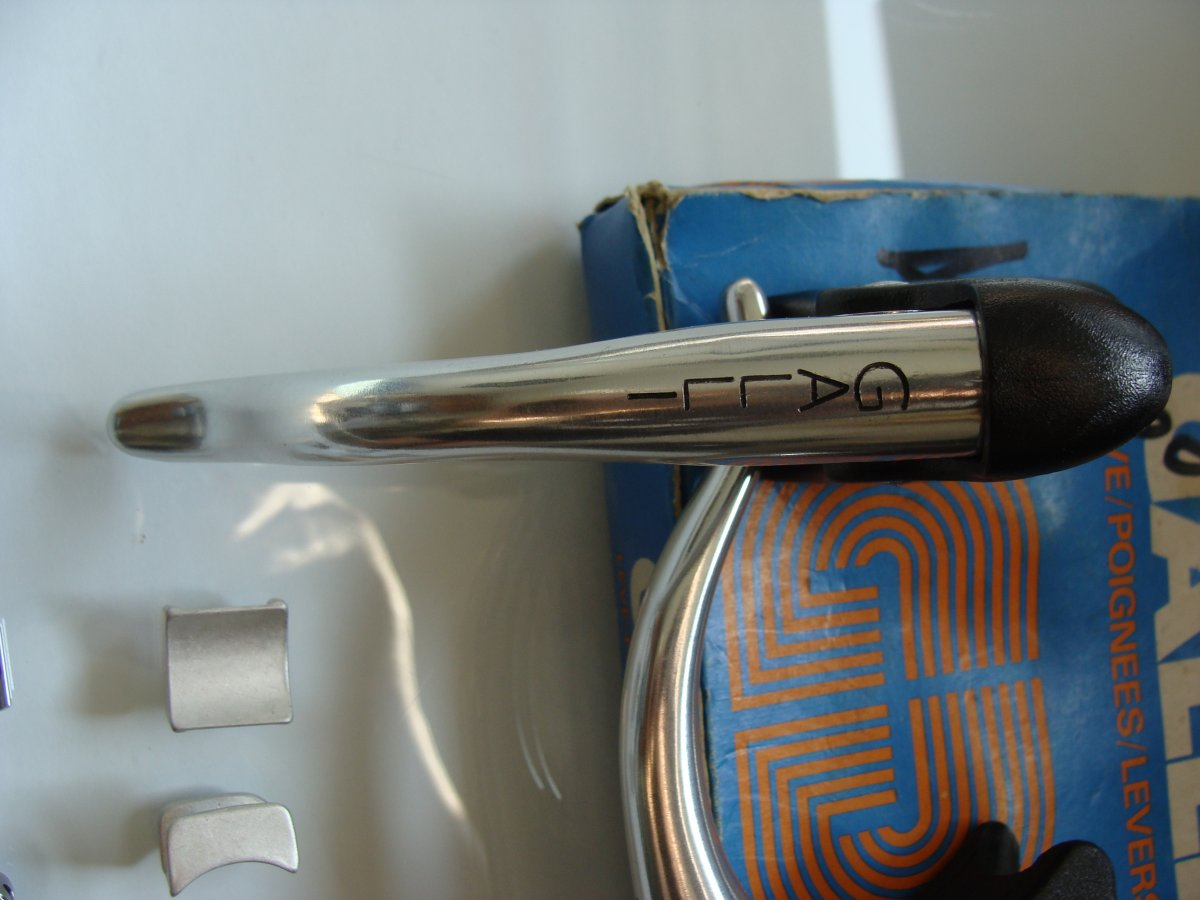 Galli Aerodinamica-Galli KL brakelever set NIP (12).JPG
