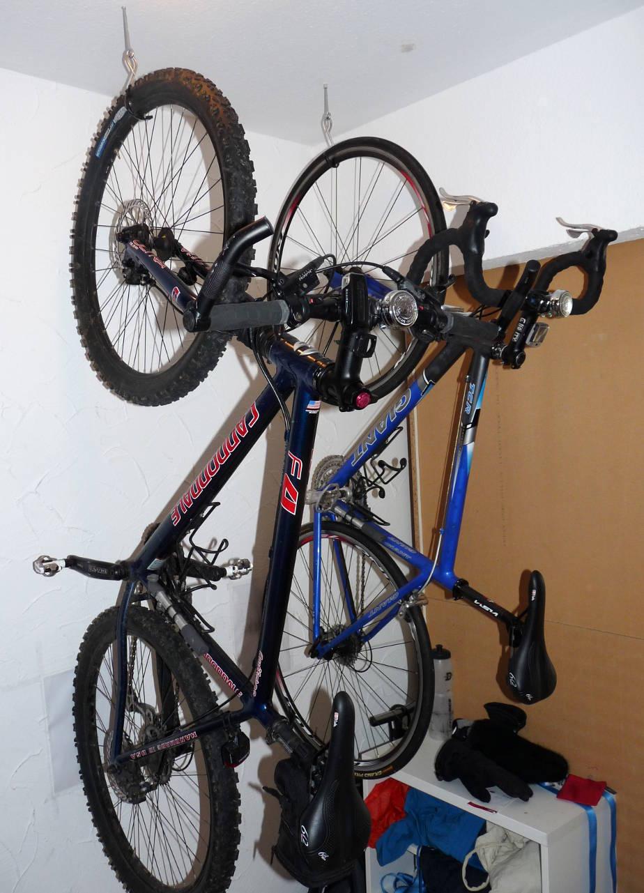 fahrrad wandhalterung zeigt eure eigenbauten seite 4 rennrad. Black Bedroom Furniture Sets. Home Design Ideas