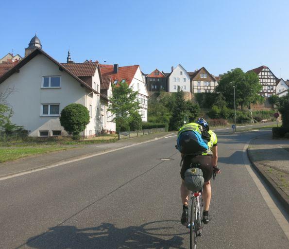 Pic09_Ortsdurchfahrt_Hessen.JPG