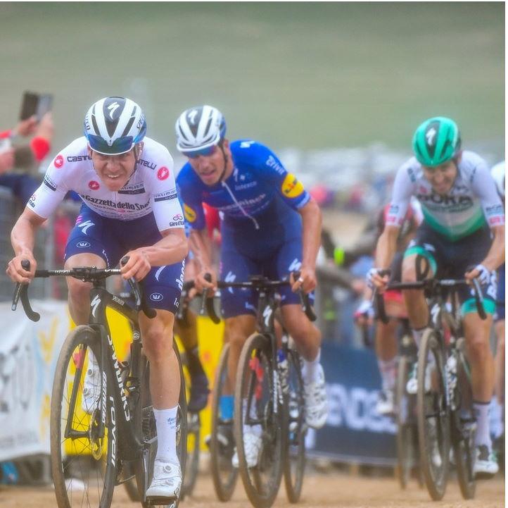 Remco_2021_Giro.jpg