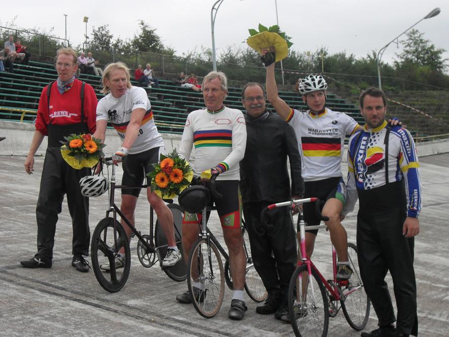 Siegerehrung Nostalgierennen 2010 Foto R. Franz.
