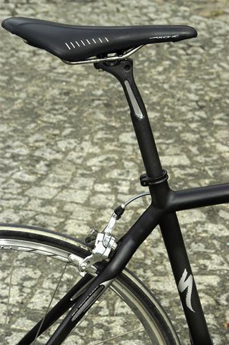 Specialized original S-Works Pavé post with Zertz Roubaix_seatpost.jpg