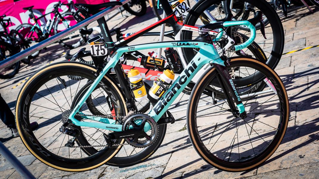 stg08_jumbo-visma-bianchi-bike_-1-of-1.jpg