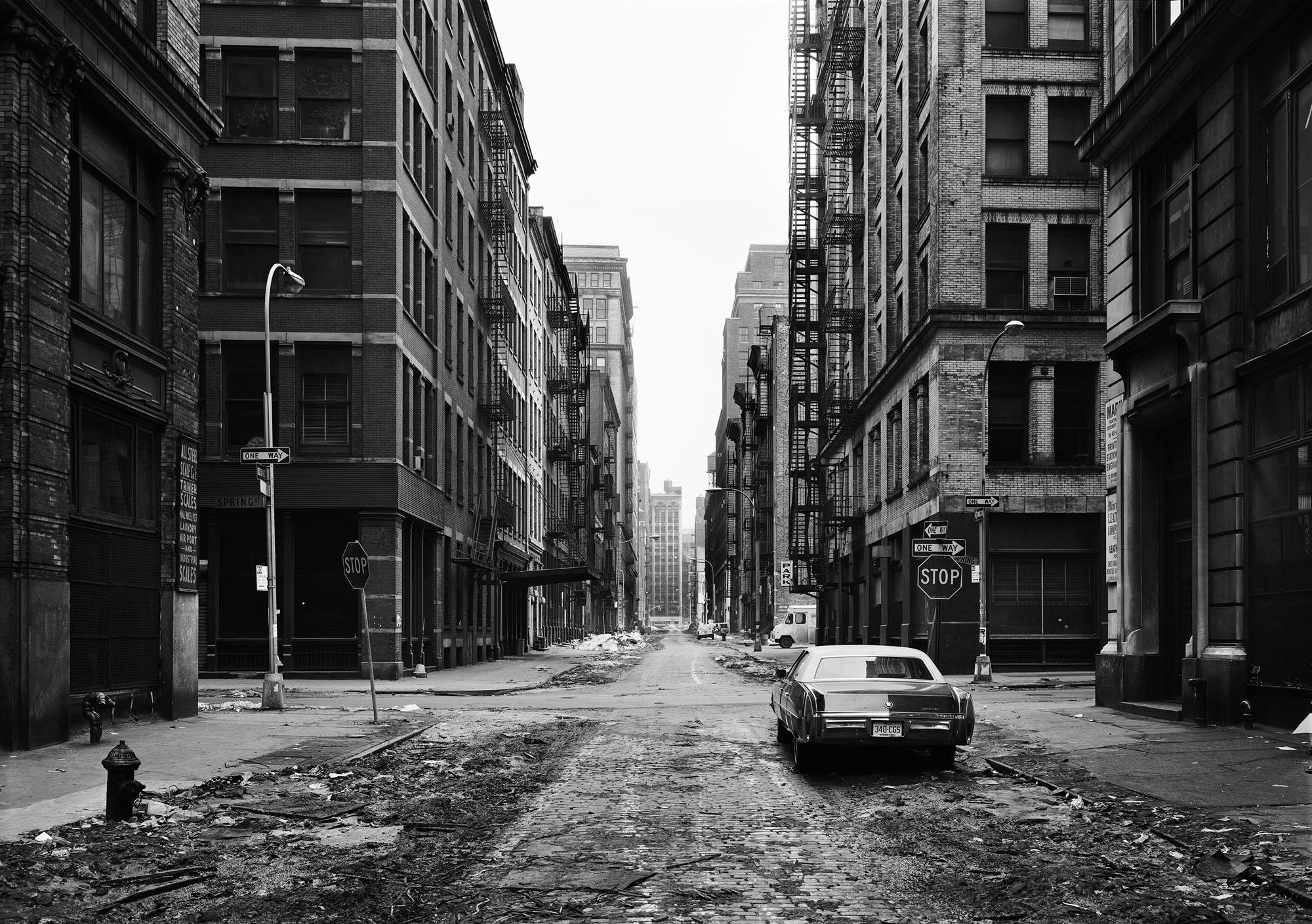 Thomas Struth - Crosby Street, Soho, New York (1978).