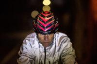Wenn der Helm blinkt und spricht