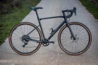 Test: BMC Roadmachine X: Mit Rennradgenen zum Graveln